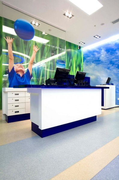 O2 retail - mixing organic colour with core blue and white