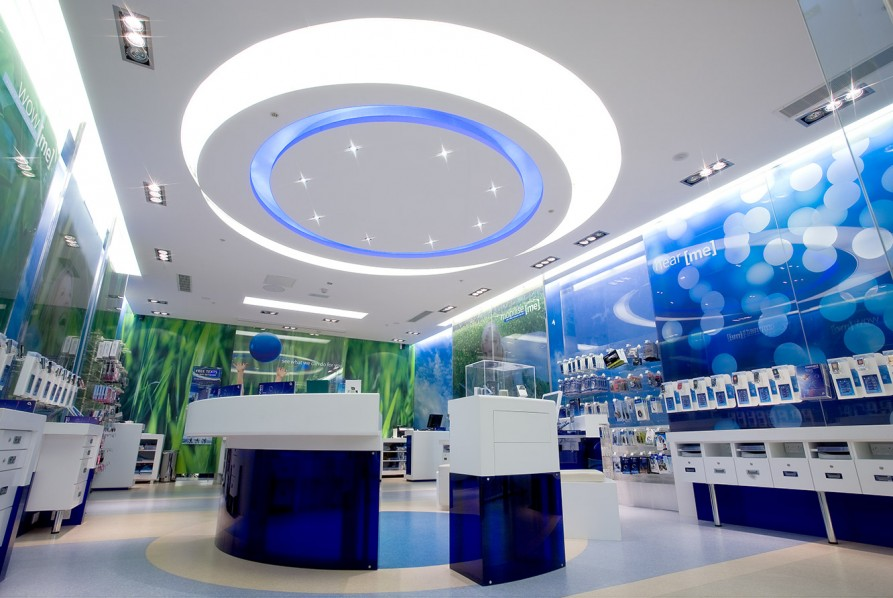O2 retail - central experience pod